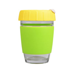 Double paroi en verre borosilicaté personnalisé tasse réutilisable de garder la tasse de café en verre avec couvercle en silicone et le manchon