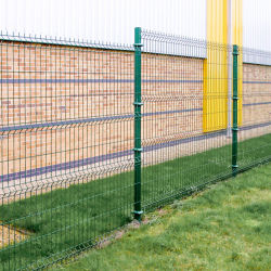 Il colore verde 3D della fabbrica ha piegato la recinzione del giardino del collegare saldata forma di v