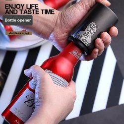 Kundenspezifisches Bier-Glas-Edelstahl-Bierflasche-Schutzkappen-Fangfederblech drücken automatischen Bierflasche-Öffner für Hochzeits-Bevorzugung runter