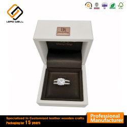 Металлический логотип роскошь кольцо упаковки подарок случае поле из натуральной кожи