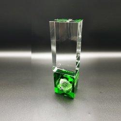 Il trofeo di cristallo di golf della nuova colonna assegna la base di colore