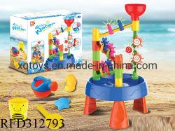 Открытый летом пластиковые песчаном пляже игрушка для воды