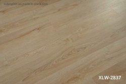 3.5mm~7mm legno Design SPC pavimenti pavimenti in vinile clicca Produttore commerciale/residenziale Pavimento in plastica