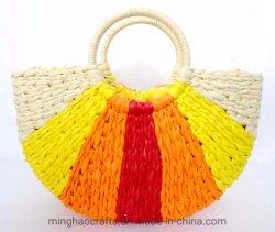 女性のための新しい設計月形の Woven わらの袋のハンドバッグ