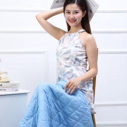 Hezheng 100% Polyester-Baby-Zudecke-Zoll druckte 1 Falte 2 in 1 Kissen-Zudecke mit Schwingung und Heizungs-Massage