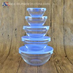 De in het groot die Kom van het Glas van Cookware van het Keukengerei 5PCS met Plastic Deksel wordt geplaatst