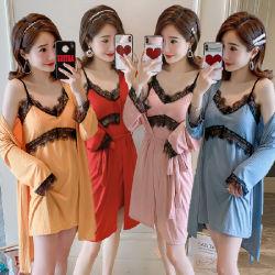 Nightdress-Bademantel Mittler-Länge der Nightgown-Frauen mit Brust-Auflage-Riemen-Hausmantel-Ausgangsservice-Pyjamas