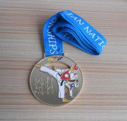 金属のTaekwondoの勝利者メダル金属