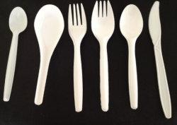 Белой пластиковой посуды для упаковки продуктов питания