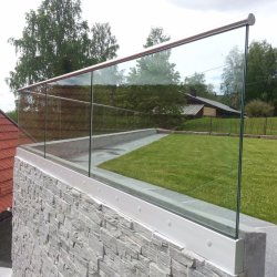 Großhandelsplattform Frameless Aluminiumfechtendes Geländer-Glassystem mit Cer