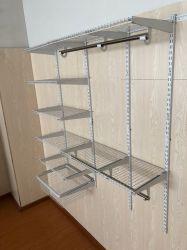 Sistema astuto della scaffalatura del nastro metallico dei kit dell'organizzatore dell'armadio