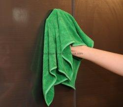 أفضل قطعة قماش لتنظيف الأقمشة المصنوعة من الألياف الدقيقة للعناية بالأثاثات