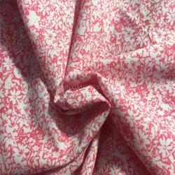 CVC55/45 110X76のワイシャツの子供の衣服のための105GSMによってとかされる品質の花の印刷されたポプリンファブリック