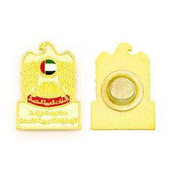 L'émail bouton en plastique d'or d'un insigne avec aimant Fabricant Necklace Numéro Nom Tag