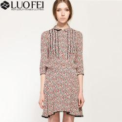 Les femmes la moitié de manchon d'impression minuscule Floral pli robe avec les garnitures de dentelle