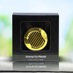 Mini gelbes Metall mit einem Schelle-Auto-Duftstoff