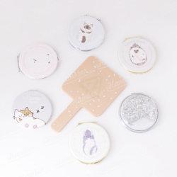 Cadeau personnalisé en cuir ronde Cartoon animaux mignons animaux domestiques en métal Jeu de miroirs à maquillage compact pratique Pocket Flip Double côté coloré de la série de miroirs cosmétiques