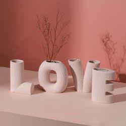 Scandinavische creatieve Kunst Love Letter Stripe keramische Vaas woonkamer Bloemenarrangement Home Decoratie