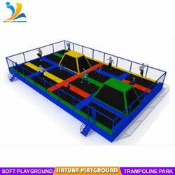 Localização de trampolim para interior personalizado