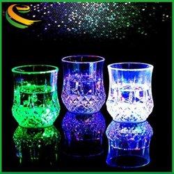 Творческие красочные воды активирован красочный мигает светодиод загорается светодиод стекла чашка ананаса