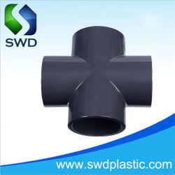 تركيبات الأنابيب البلاستيكية تركيبات الأنابيب البلاستيكية PVC تغيير الاتجاه يساوى الصليب