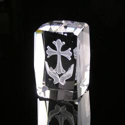Regalo cristiano su ordinazione del ricordo di cristallo con la scultura di 3D Jesus per la festa