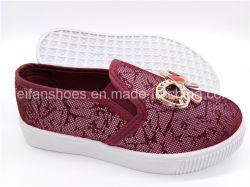 Schöne Kind-Schuh-EinspritzungSlip-onbeiläufige Schuh-Segeltuch-Schuhe (ZL1017-7)