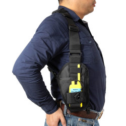携帯無線電話Chest Pocket Harness Bags、Tow Way RadioのためのNylon Walkie Talkie Chest Pack Universal Adjustable Harness Bags Backpack