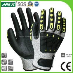 抵抗力があるTPRの反影響のサンディのニトリルのコーティングが付いている機械安全作業手袋を切りなさい