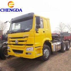 HOWO 6x4 8x4 Sinotrak モータトラクタトラック 10 輪トリッカーヘッド 販売のため