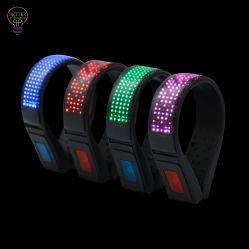 De LEIDENE Schoenen knippen Lichten USB Ladend voor het Lopende Toestel van de Nacht