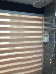 Hotel salle de bains Zebra Stores stores à rouleau Système de haut et bas