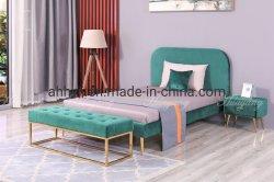 Gepolstertes Doppelbett Wohnzimmer Bett mit Bettcouch Metallbeine