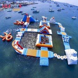 水警備員の安く膨脹可能なプラットホーム水トランポリンを跳ぶ公園によって使用される浮遊膨脹可能な浮遊水公園水ゲーム