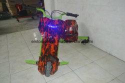 子供の販売のためのLEDライト3車輪によってモーターを備えられるドリフトTrike