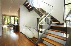Escaliers escalier bois intérieur marches de bois