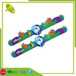 El deporte de moda pulsera de silicona de OEM de banda de caucho de silicona pulseras personalizadas Pulsera de metal con hebilla de metal (01)