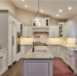 Os móveis de madeira maciça branco antigo americano armário de cozinha