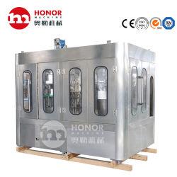 Le liquide de remplissage automatique de l'emballage de la machine pour boisson gazeuse Soda Boire 330 ml Cola aluminium peut la ligne de production