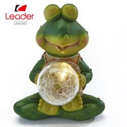 La meditación plantean Frog estatua con bola de cristal solar - acento jardín iluminado
