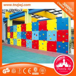 Muro de escalada en roca instalaciones deportivas al aire libre