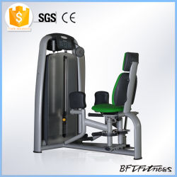 Impulse des équipements de gym, de la force de la machine, appuyez sur la touche de remise en forme de la jambe