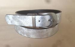 昇進の偶然の黒い革金属バックルベルト