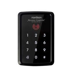 قارئ RFID للتحكم في الوصول إلى مخرج Muti-fuction للتحكم في الوصول إلى مخرج الباب الفردي بمعدل 125 كيلو هرتز مع لوحة مفاتيح تعمل باللمس