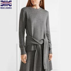 女性の特大タイの前部100%年のカシミヤ織の緩い適合によって編まれる長い袖のプルオーバーのセーターの女性方法衣服