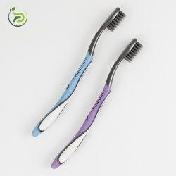 Новая конструкция дешевые стоматологическое обслуживание черный пользовательские древесный уголь из натуральной щетины зубная щетка пластика 2021