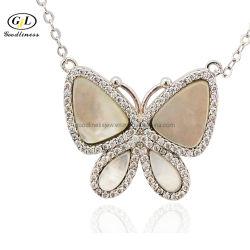 立方ジルコニアの真珠色の蝶ネックレスの銀の宝石類