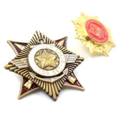 선전용 선물 주문 사기질 금속 접어젖힌 옷깃 Pin 기장 금 군 기장 Pentagram 모양 기술 경찰은 명찰을 단다