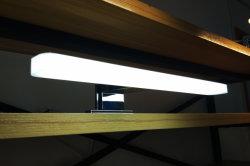 IP44 110-240V AC를 가진 미러 가구를 위한 잘 아크릴 디자인 300/400/500mm 방수 크롬 5W/7W LED 목욕탕 정면 미러 빛