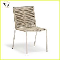 Mobili su misura sedia da pranzo in metallo intrecciato in corda per esterni con teak Braccio